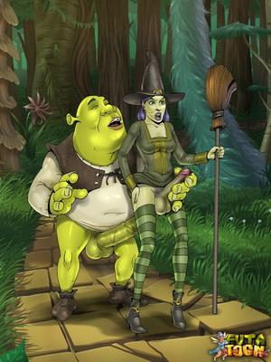 Real dirty futanari sex scenes from Shrek